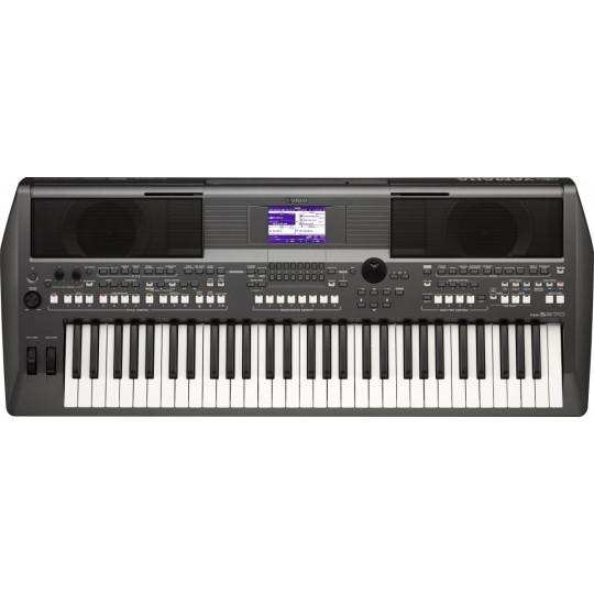 Yamaha PSR S670 - Keyboard