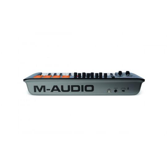 M-AUDIO Oxygen 25 IV -  25 kláves, 8 ovládačů, 8 padů